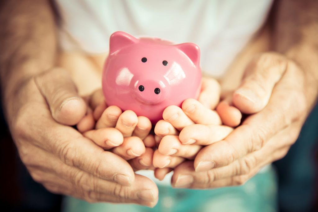 Episode 49 – How to Improve Your Child's Money Management Skills with Shara Nadler of iPiggiBank